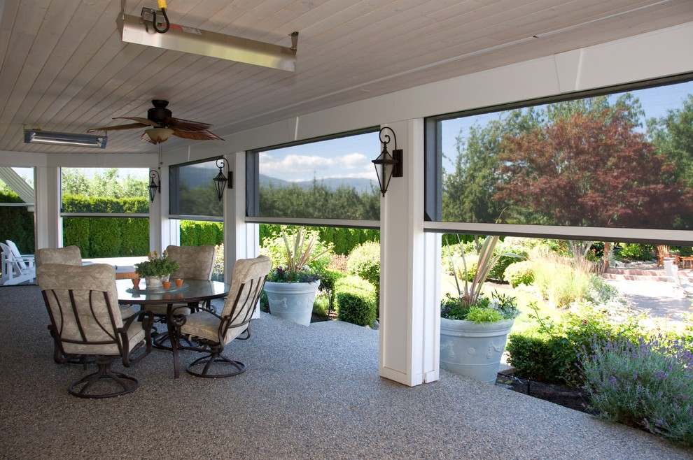 retractable patio screens